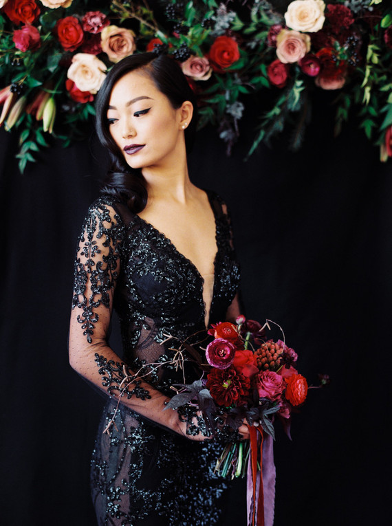 Dark and moody winter wedding ideas