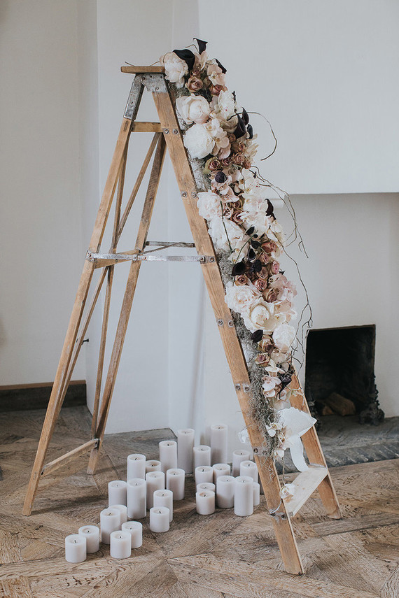 Floral ladder decor for wedding