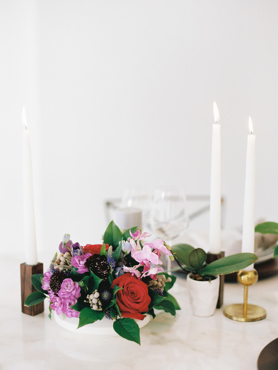 Modern ultraviolet wedding inspiration