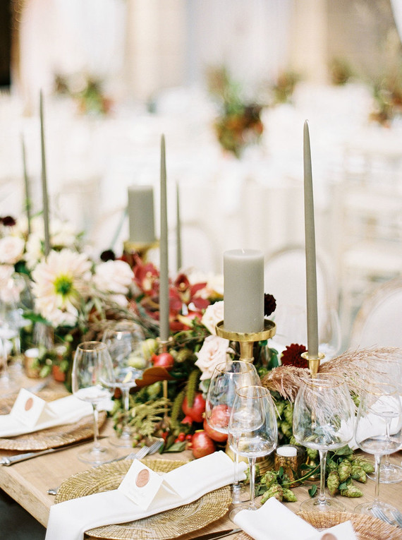 Grey candles - wedding table ideas