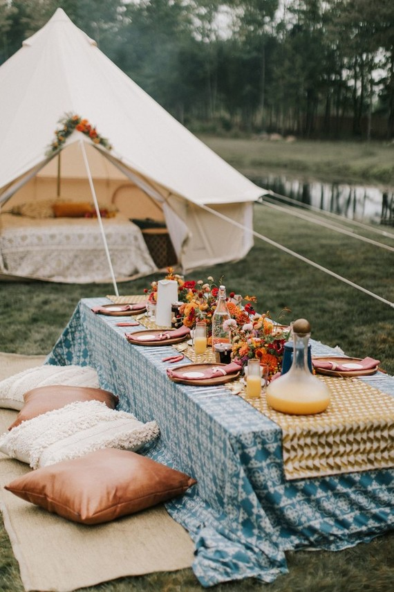whimsical sunrise glamping elopement in Maine
