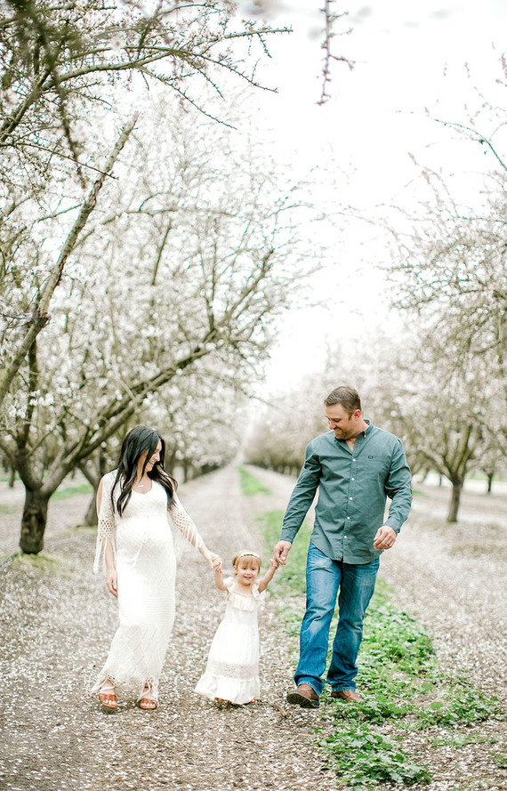 Almond orchard maternity photos in the central valley of California