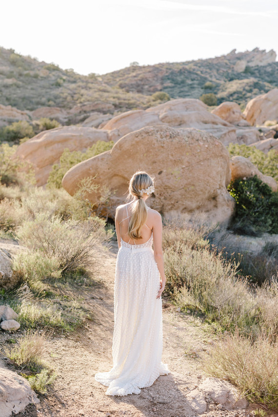 Boho bridal vibes at Vasquez Rocks