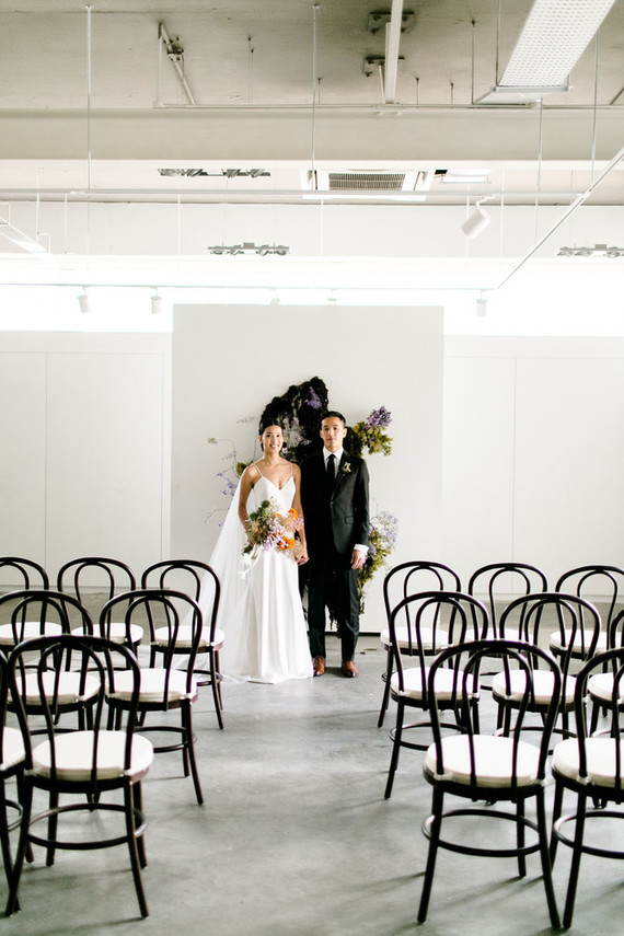 How to style a modern art gallery wedding