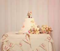 Just married pink cake table