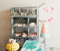 Reception dessert cabinet and cake stool