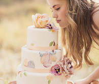 Romantic Floral Watercolor Cake