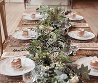 Organic and natural tablescape