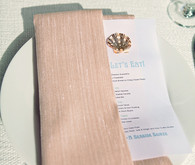 Light pink napkin with seashell decor