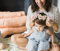 Mother daughter tea party by Bows and Arrows Flowers and NBarrett Photography | 100 Layer Cakelet
