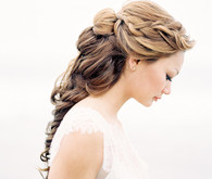 Loose braid bridal hairstyle