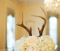 Rose centerpiece with antlers