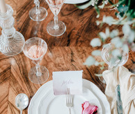 Tulip place setting