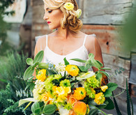 Citrus inspired wedding flowers
