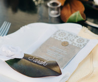 Leaf place card setting