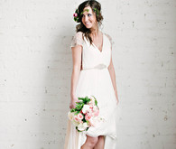 Organic spring bride with flower crown