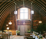 Rubies & Rust Barn wedding venue