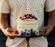 Berry naked cake