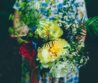 Wildflower bouquet and maternity photos