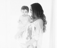 mother daughter maternity photos by Heather Kincaid