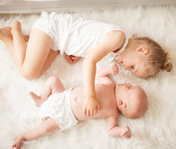 Sibling newborn photos