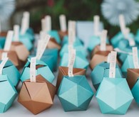 Geometric escort card table