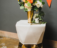 Retro wedding decor
