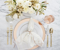 Glam dinnerware idea