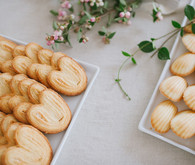 dessert table cookies