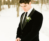 Winter groom inspiration