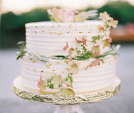 Elegant garden wedding cake