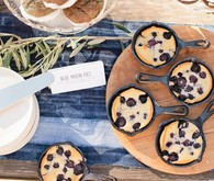 mini blueberry skillet cakes