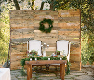 Rustic sweetheart table backdrop