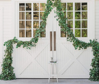 Green garland ceremony arch