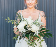 Modern white bouquet