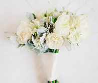 Summer white bouquet