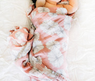 Natural light family newborn photos