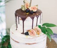 drip cake with figs