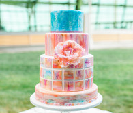 Modern watercolor wedding cake