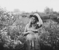 black and white vintage style maternity photos