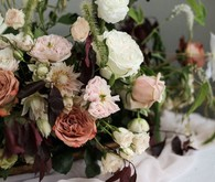Modern spring wedding flowers
