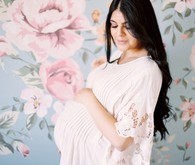 Intimate floral maternity photos