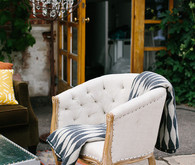 Vintage wedding lounge
