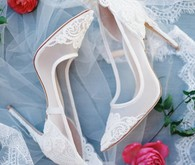 Romantic bridal shoes