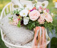 Peach bridal bouquet