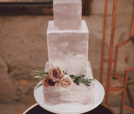 Desert inspired wedding cake