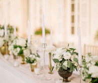 White and gold tablescape