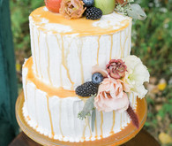 Caramel wedding cake