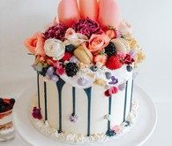 Berries and blooms drip cake