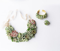 DIY succulent necklace